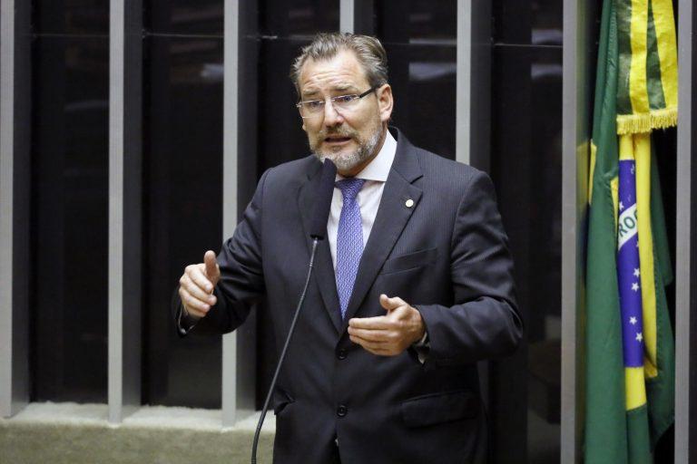 Alexis Fonteyne apresentará relatório favorável à quebra de monopólio dos Correios