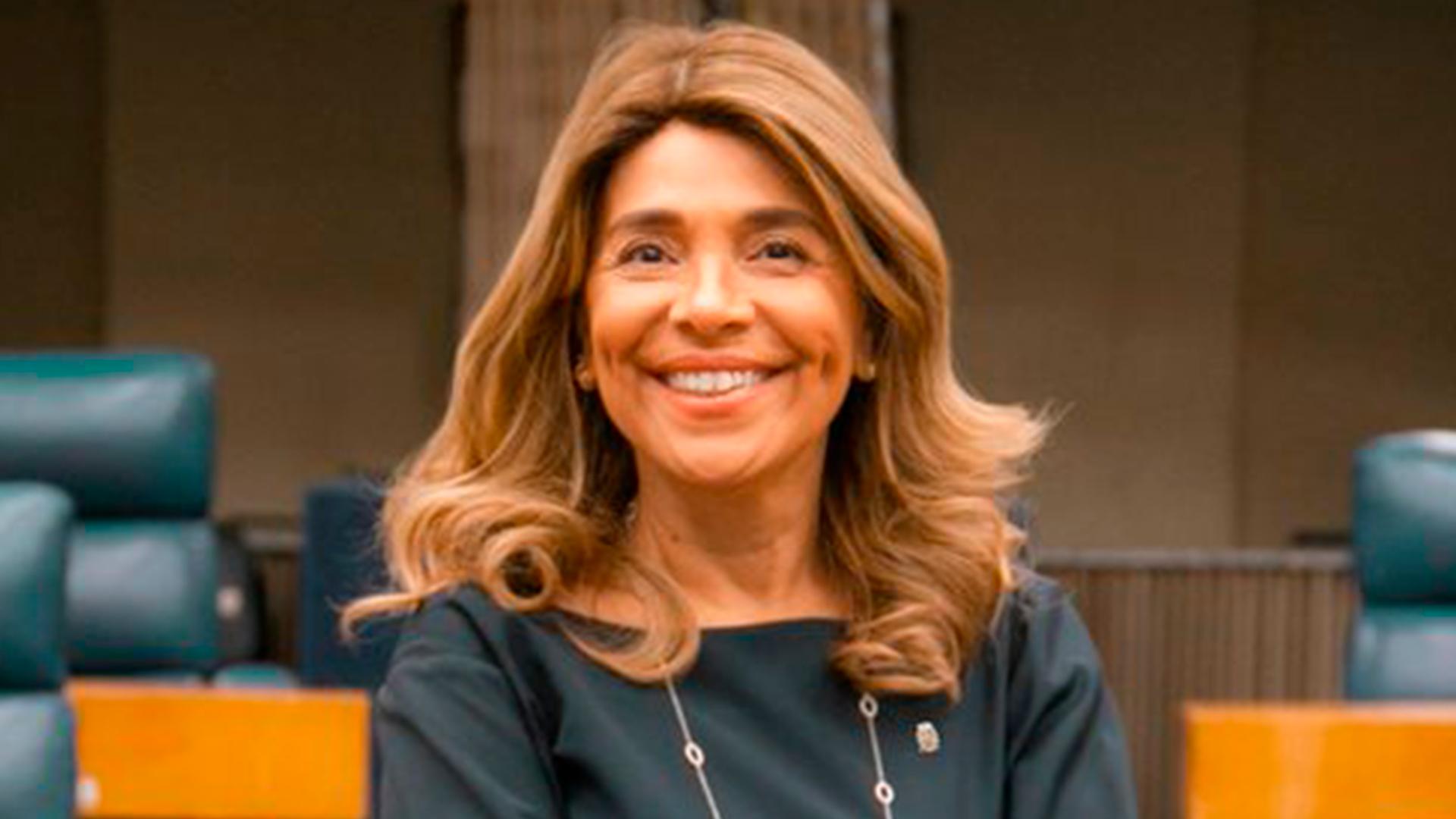 Projeto de Cris Monteiro que institui política de combate à evasão escolar é aprovado em São Paulo