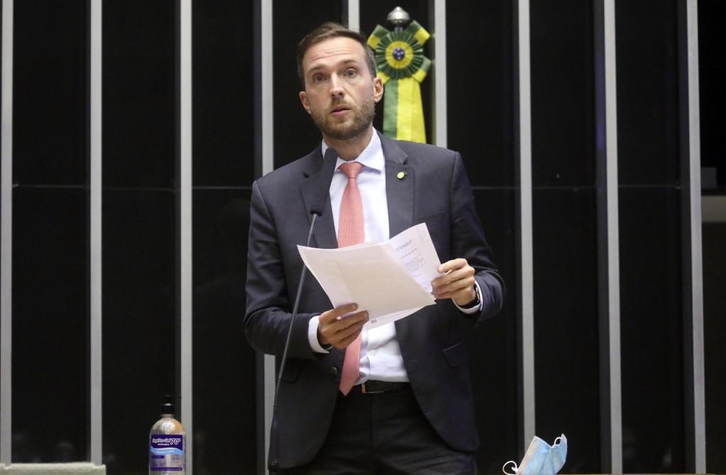 Com relatoria de Vinicius Poit e coautoria de Paulo Ganime e Tiago Mitraud, Marco Legal das Startups é aprovado na Câmara